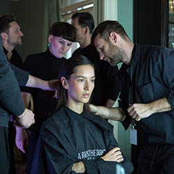 Friseur-Musterstadt-Berlin-Fashion-Week-3